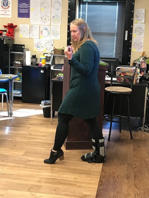 Ms. Jones rockin the Mambo in a boot.