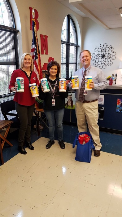 Robin Decatur donates supplies to BMS